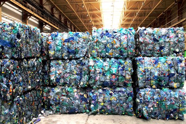 balles de déchets plastique