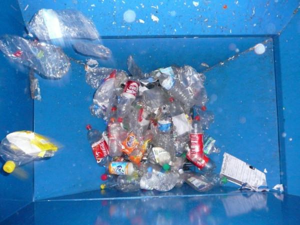 compactage du plastique